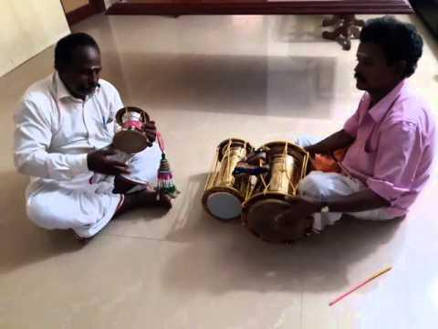 Udukai pambai music
