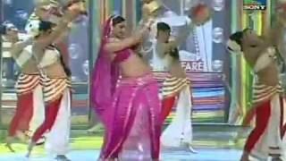 Deepika  dance of dhoom taana....