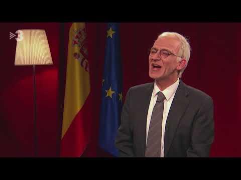 Sánchez distreu a Borrell