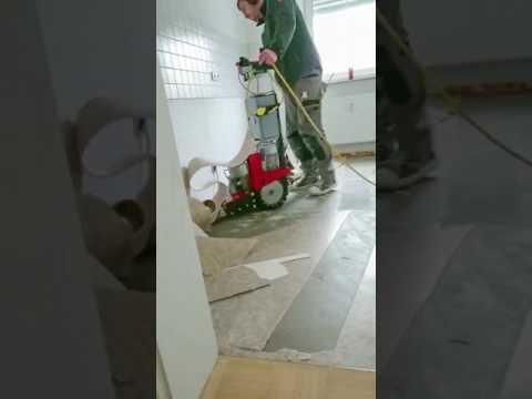 Extrem Entfernen von einem PVC-Bodenbelag mit dem ROLL-STRIPPER RO-3 AD69