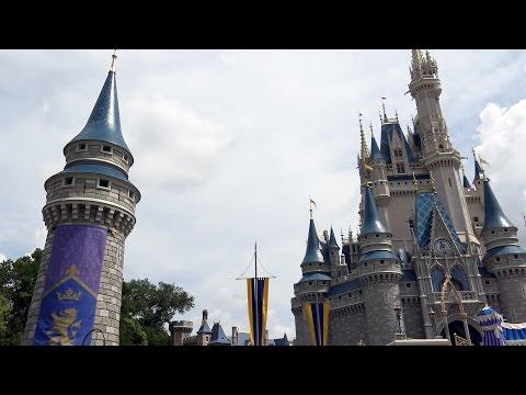 NEW Cinderella CASTLE TURRETS revealed - Magic Kingdom - Walt Disney World