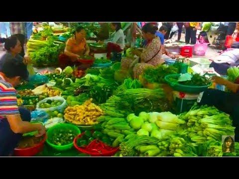 Asian Street Food - Art Of Living In Phnom Penh Market - Wet Market In Asia