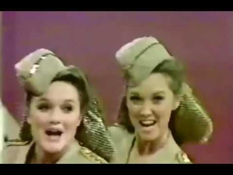 The Lennon Sisters - Boogie Woogie Bugle Boy (70s)