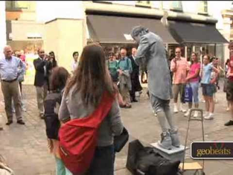 Covent Garden London Video Tour Information on the central hub  entertainment, restaurants, the