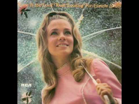 Connie Smith - Paper Roses