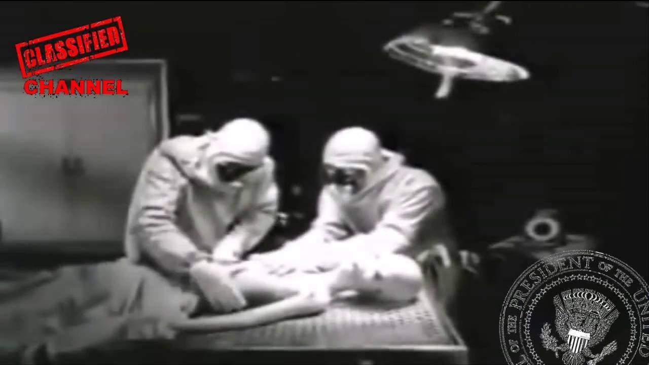 Must watch it..!!!Anatomy of the real alien dead body. - YouTube