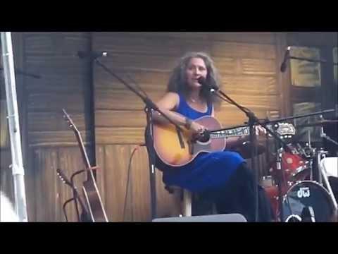 Lauren Sheehan - Memphis Yodel - Live @ 2014 Portland Blues Festival