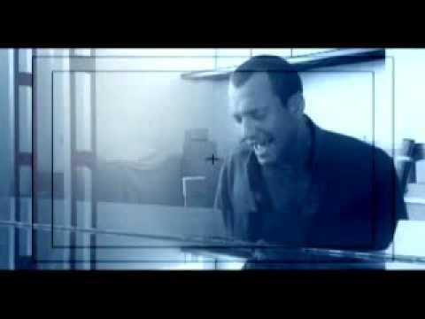 BIAGIO ANTONACCI - IL CIELO HA UNA PORTA SOLA -