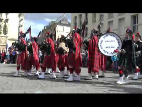 United Pipers for Peace