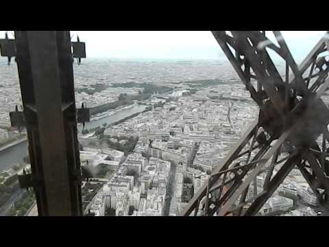 Эйфелева башня, лифт. Подъём на самый верх 276,13 м