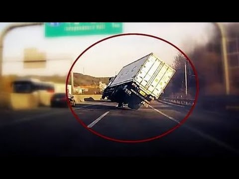 Russian Car Crash - Crazy Dash Cam Compilation (2017 HD)