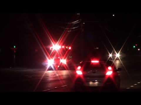 Horn - Sacramento Metro Fire District Medic 102 Responding Code 3