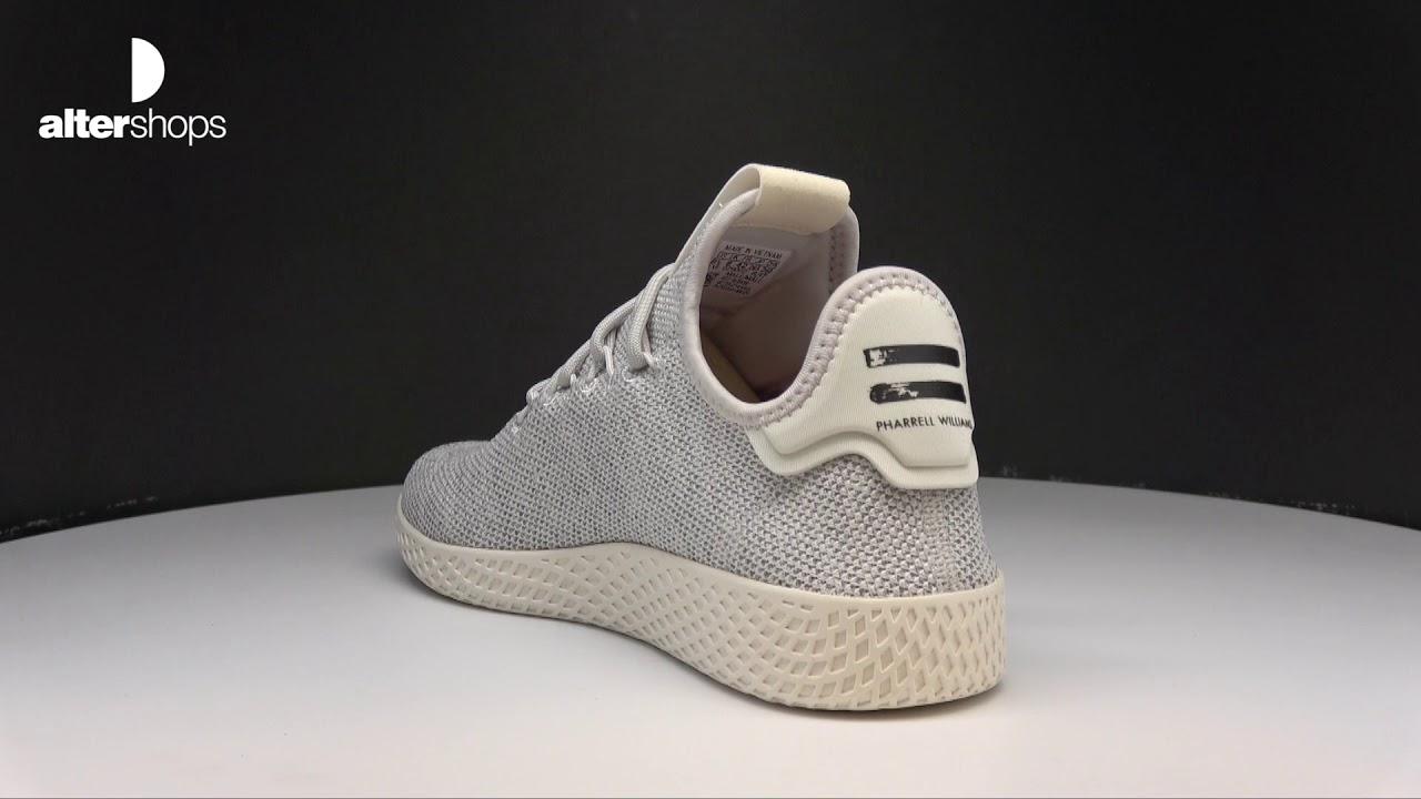 8fbb8cc33 adidas Originals Pharrell Williams Tennis HU AC8698 - YouTube