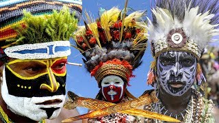 Кинжалы из костей людей и птиц у папуасов из Новой Гвинеи, как символ социального престижа