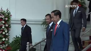 Jokowi Terima Kunjungan Pertama di Hari Pelantikan dari Sultan Brunei Darussalam