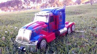 Transformer Optimus Prime Mula Truck Camion a Control Remoto Se Transforma Con Musica y Luces