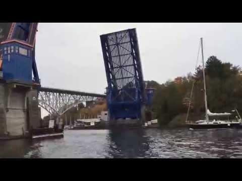 Fremont bridge opening timelapse