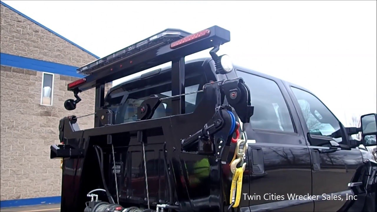 Flatbed Tow Truck >> Twin Line Side Puller - YouTube