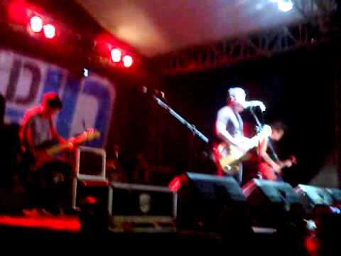 Last Child - Jatuh Cinta Lagi (Reggae) @Jackloth 8 Desember 2012