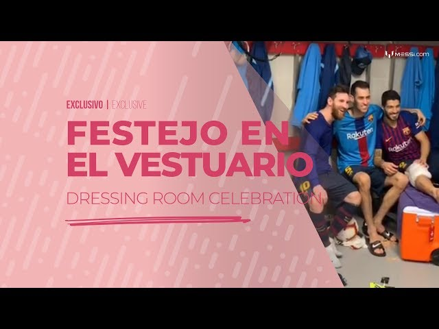 La celebración en el vestuario del Barcelona tras un hat-trick de Leo