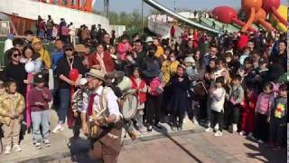"GALiRò eccentric one-man-band - ""Come Together"" Beatles cover - Dafaeng, CHINA 04/2019"