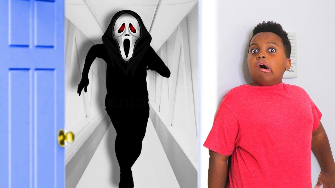 WHO'S AT THE DOOR? - Onyx Kids