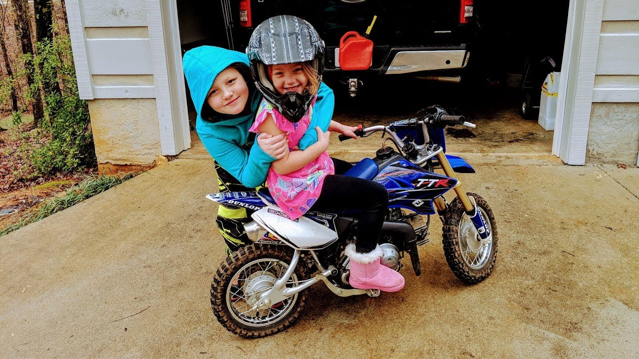 fc474340a89 An adventure to get a little girl a Dirt bike. Exciting fun! - YouTube