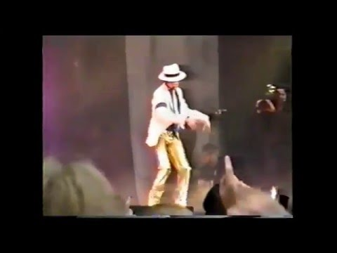 Michael Jackson - live Smooth criminal 1997 - HISTORY WORLD TOUR AMSTERDAM - BEST AUDIO! - HD