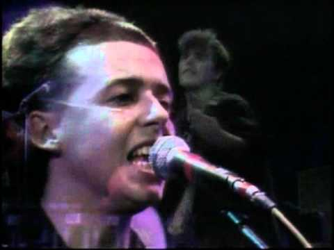 Tears for Fears - Suffer the Children (Live 1984)