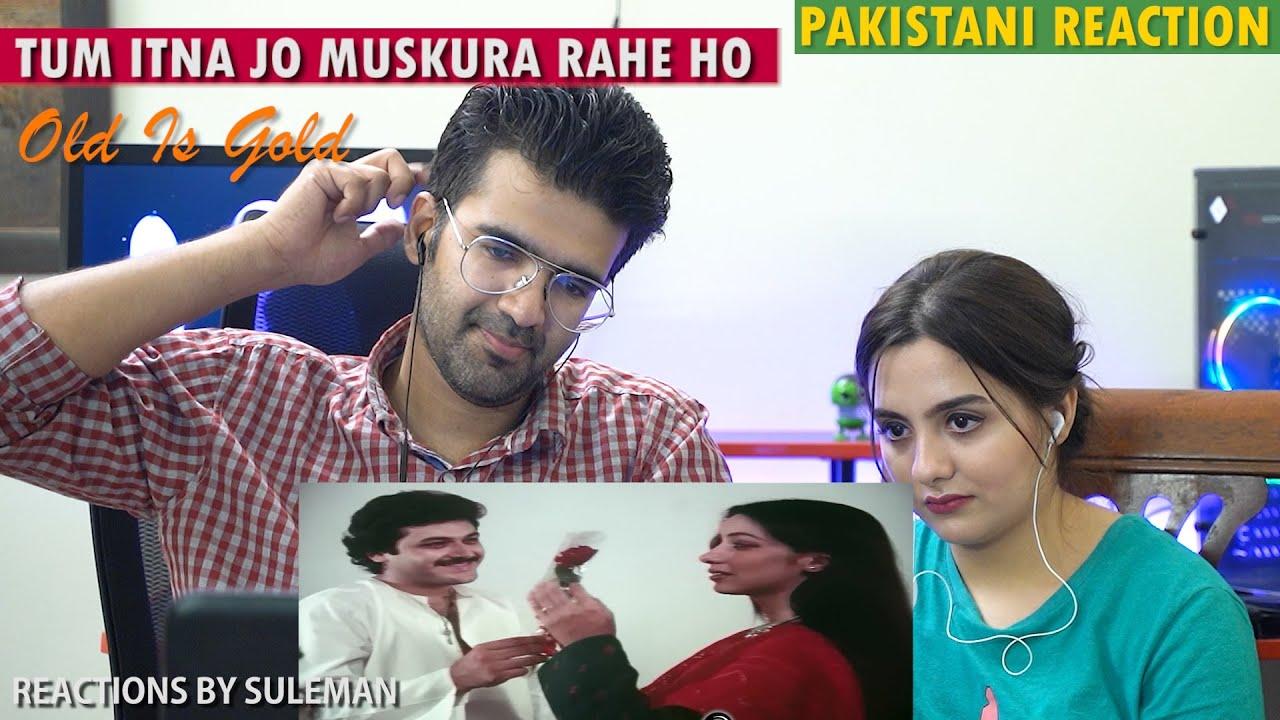 Pakitani Couple Reacts To Tum Itna Jo Muskura Rahe Ho | Jagjit Singh | Arth | Old Is Gold