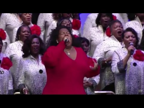 Leslie Pace Of The Anointed Pace Sisters Praise Break at West Angeles COGIC 2016!