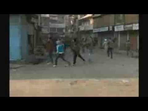 Protests turn violent in Kashmir
