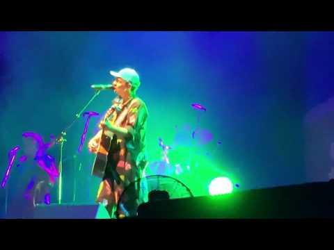 """""""I Won't Give Up"""" Live By Jason Mraz 27 Oct 2018 Singapore"""