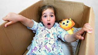 Алиса и веселые соревнования с игрушками