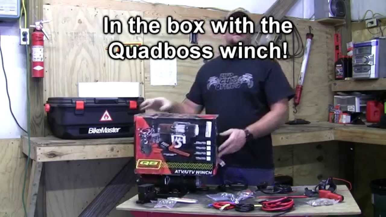 looking at the quadboss winch and whats in the box!