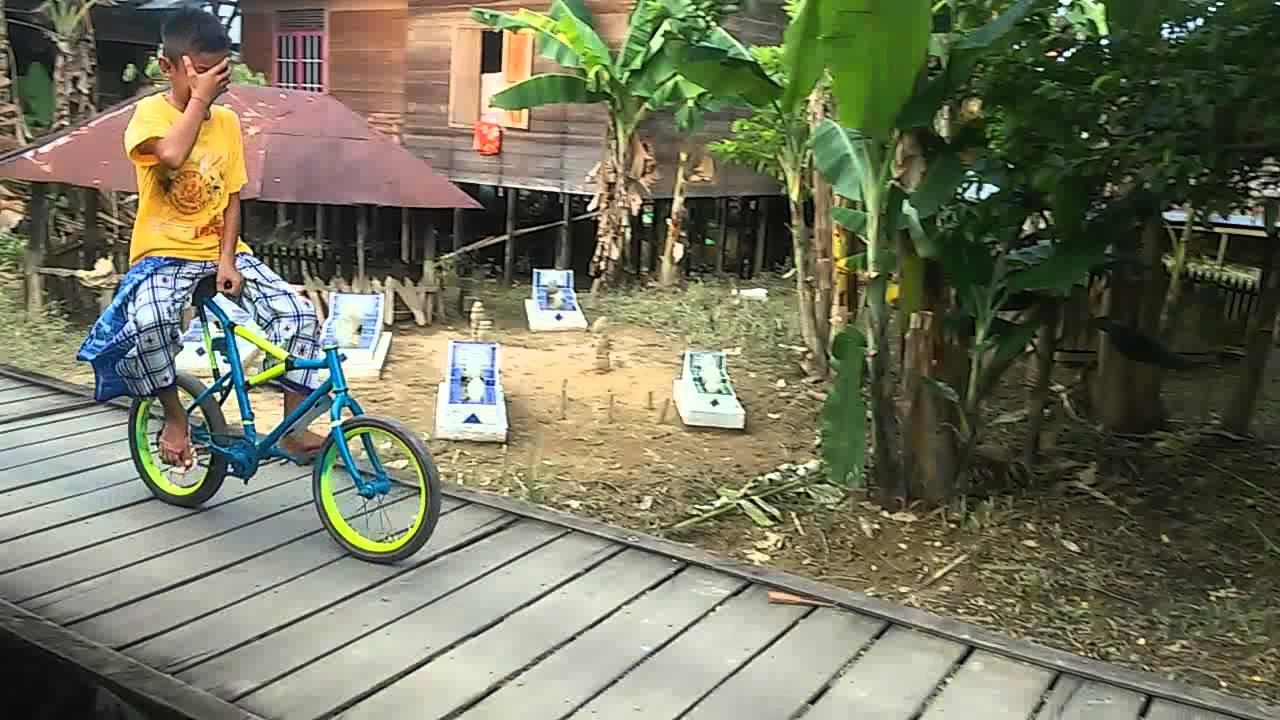 Unik Sepeda Tanpa Stang Youtube