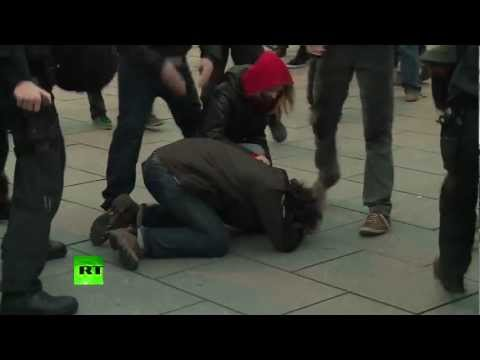 Жители Германии требуют депортации иностранных преступников