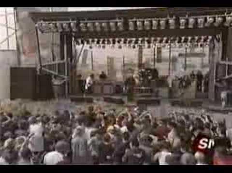 Deftones - Change (Live at MTV Sports & Music Fest)