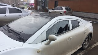 Разбили стекло в Аквиле - попытка кражи