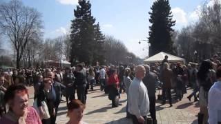 Массовые гуляния на Пасху. Донецк(12.04.2015 г. парк им. Щербакова., 2015-04-12T14:34:50.000Z)