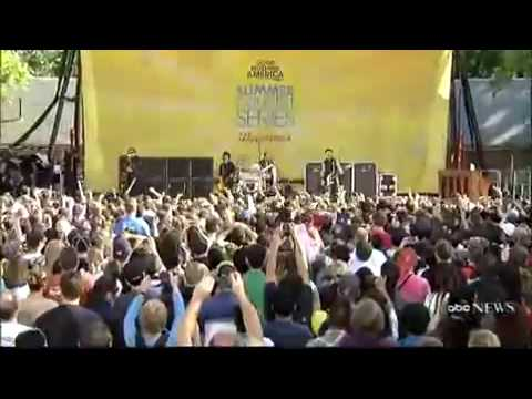 Green Day American Idiot (Live @ Good Morning America)