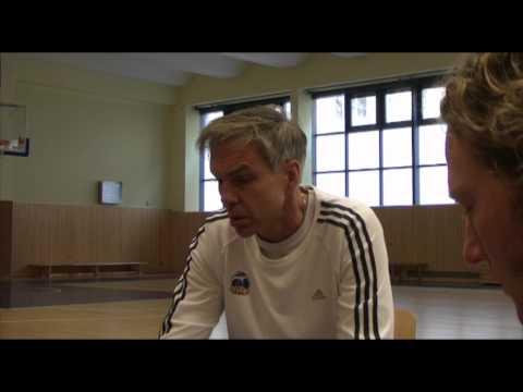 Gordon Herbert vor dem Spiel gegen Turow