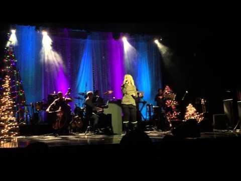 Jennifer Kinley Hughes sings O Holy Night at HopePark Christmas Eve Service 2014.