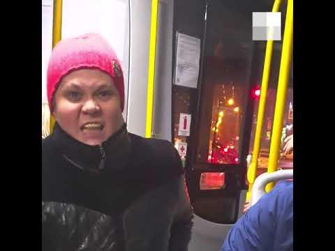 В екатеринбургском автобусе подрались кондуктор и пассажирка