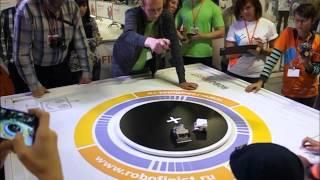 Соревнования сумо-роботов 10х10 на фестивале Робофинист 2015