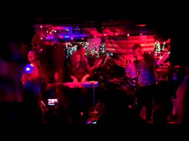 THe Dumbo Project - Dark as a Dungeon Live at Hank's Saloon