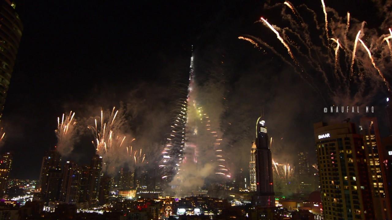 Burj Khalifa New Year Fireworks 2017 Youtube