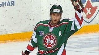Алексей Морозов забросил 5 шайб в матче с Барысом
