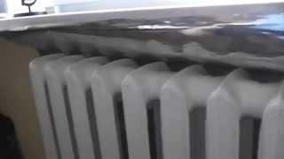 Теплоотражающий экран за радиатором отопления своими руками(Для более эффективного обогрева комнаты от радиаторов отопления, установил за ними теплоотражающий экран..., 2014-11-02T07:03:35.000Z)