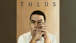 Gambar cover Tulus - labirin lyric album